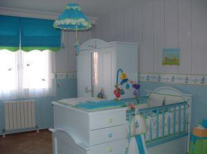 Co powinno się znaleźć w pokoju niemowlaka?