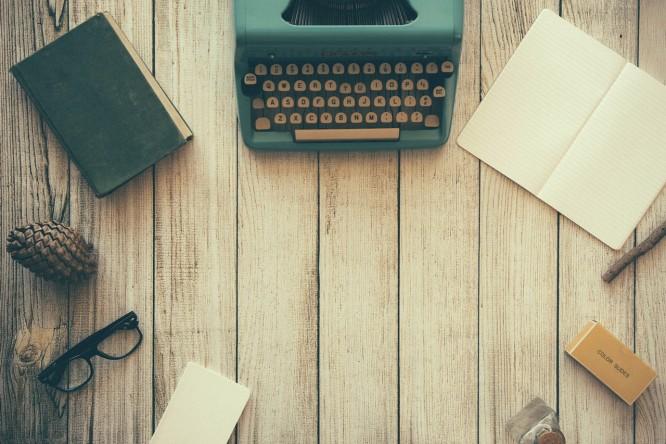 biurko pisarza