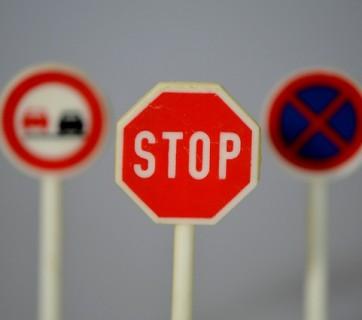 Znajomość znaków drogowych